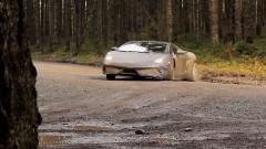 ランボルギーニ ガヤルドでダートを爆走してみた動画