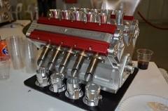 世界一美しい V10/V12エンジン型エスプレッソマシン