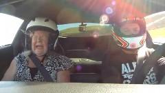 ギャー!シボレー コルベット Z06 の助手席にママを乗せてサーキット走行してみた動画