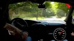 あっぶね!ポルシェ 996 GT2 の危機一髪リカバリー動画