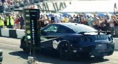 はえー!1700馬力の日産 GT-R がワンマイル 382km/h を出しちゃう動画
