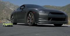 日産 GT-R vs ラジコンカー 加速対決動画
