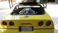 フロントエンジンのシボレー コルベットをリアエンジンにしてみた