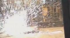 迫力満点の回転ロボット相撲動画