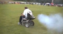 車椅子にジェットエンジンを付けたっていいじゃない
