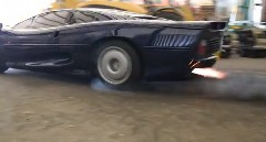 ジャガー XJ220 がダートを爆走する映像を作ってみた