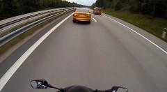 はえー!677馬力 ボルボ C70 vs ホンダ CBR1000RR 公道加速対決動画