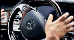 車が自動運転する時代はすぐ近くに来ているかもしれないと思う動画