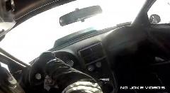 これは怖い!ウイリーしちゃったドラッグカーのドライバー視点動画
