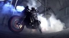 AWDのバイクでバーンアウトしてみた動画