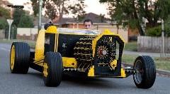 エンジンもレゴ!人が乗れちゃう実物大レゴカーがスゴイ!っていう動画