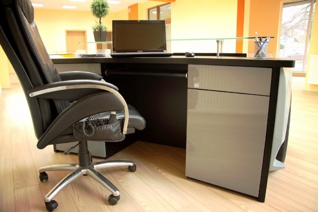 Lambo Desk6