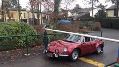 車高が低い車は駐車料金を別請求するべきっていう動画