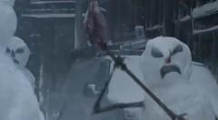 雪だるまが襲ってくる!日産 ローグの面白CM