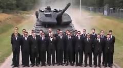 なにこれ!?戦車の超絶ブレーキが超スゴイ!っていう動画