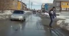 冬のロシアで起こったアンラッキー動画