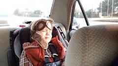 車の中でセイ・サムシングに感動して泣いちゃう4歳の男の子がかわいすぎると話題に