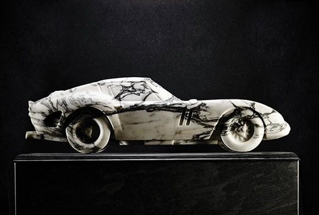 MARBLE FERRARI GTO 0