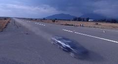 はえー!1200馬力のGT-Rが370km/hで通り過ぎちゃう動画