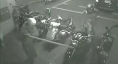 カワサキ ゼファーが二人組に盗まれる瞬間の動画