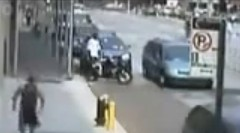 鍵なんて関係なし!白昼堂々バイクが盗難されちゃう動画