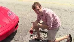 フェラーリオーナーの悩みがわかるかもしれない動画