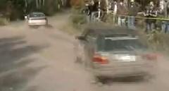 ラリーのドライバーが牽引されるとこうなる動画