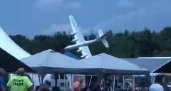 超巨大ラジコンB29 離陸せよ!→ 墜落