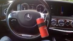メルセデス Sクラスをハックして自動運転に改造したぜ!っていう動画