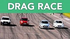 スズキ アルト vs ヒュンダイ i10 vs フィアット パンダ vs ダチア サンデロ コンパクトカー同時スタートドラッグレース動画
