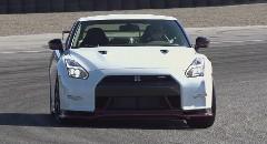 日産 GT-R NISMO ラグナ・セカのラップタイムを計測しちゃう動画