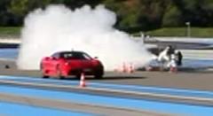はえー!ロケット自転車 vs フェラーリ 430 スクーデリア チャリで333km/h出しちゃう動画