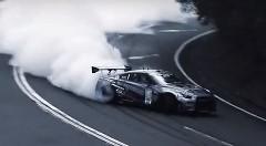 1000馬力の日産GT-Rがターンパイク箱根を超絶ドリフトしちゃう動画