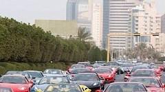 金持ちオンリーの国ドバイの渋滞