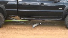 ピックアップトラックのドライブシャフトがぶっ壊れちゃう動画
