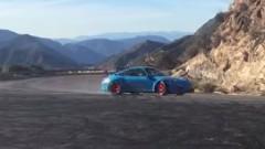 ポルシェ 997 GT3 RS 4.1 の超絶カコイイ公道ドリフト動画