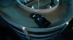 ワイルド・スピードの立体駐車場をドリフトで一気に上るシーンを実際にプロがやってみた動画