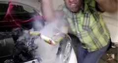 アルカリ単三電池で車のエンジンがかかるのか実験してみた動画