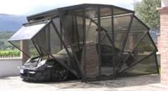 愛車の保管にスケルトン自動開閉式ガレージはいかが?