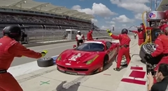 フェラーリ 458 イタリア GT3 のタイヤを付ける前にジャッキダウンしちゃうイージーミス動画