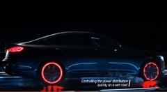 ヒュンダイのAWD技術を光でわかりやすく表現してみた動画