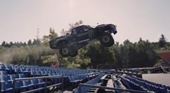 BJ Baldwin が800馬力のトロフィートラックでサスカッチを追いかける超絶オフロード走行動画