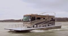 車を簡単に水上輸送出来ちゃう画期的な船 ローラーボート紹介動画