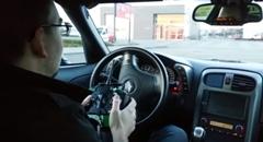 スゲー!実車のシボレー コルベットをRCに改造しちゃった動画