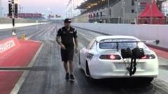 純正シャシーのトヨタ スープラがゼロヨン6秒60を出しちゃう動画