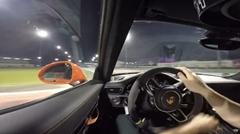インストラクターによるポルシェ 991 GT3 RS のドリフトオンボード動画