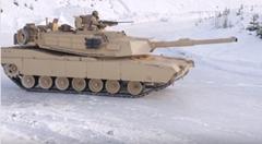M1A1戦車が雪上ドリフトしちゃう動画