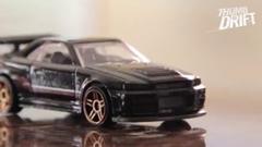 日産 スカイライン GT-R vs フォード エスコート RS1600 ミニカードリフトバトル動画