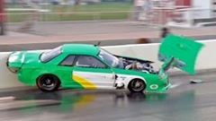 1500馬力の日産 スカイライン GT-R がクラッシュしちゃう動画