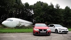 新型シビック タイプR vs フォルクスワーゲン ゴルフR ゼロヨン対決動画